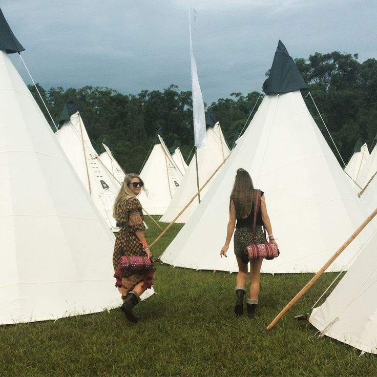 Wandering amongst the Teepee's at Byron Bay Blues festival with our wandering folk picnic rugs by our side xx