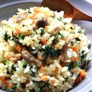 ほうれん草のガーリック炒飯☆+by+snow+kitchen☆+さん+|+レシピブログ+-+料理ブログのレシピ満載! ニンニクの香りの栄養満点スタミナ炒飯です♪