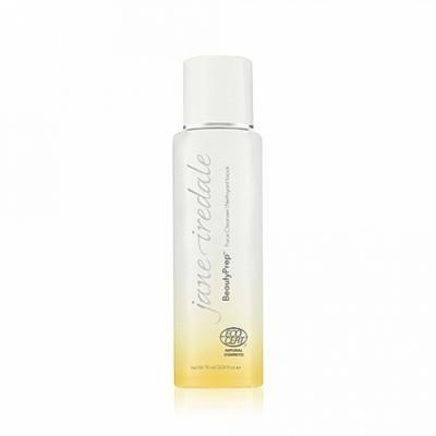 Jane Iredale BeautyPrep Face Cleanser plejer og renser huden med bl.a. micellarvand, agurkeekstrakt og havre-aminosyrer.