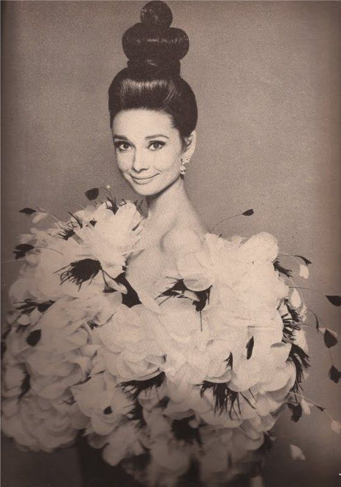 Barneys, Bergdorf's, Bloomies, & Bendel's!: Fashion, Inspiration, Style, Beautiful, Audrey Hepburn, Audreyhepburn, Beauty, People