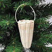Flet dit julepynt af peddigrør (rattan)
