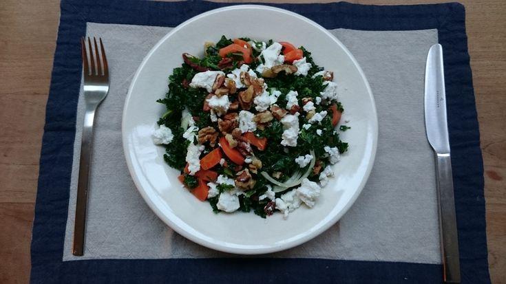 Recept: boerenkoolsalade met wortel, geitenkaas en spekjes van #overkruiden
