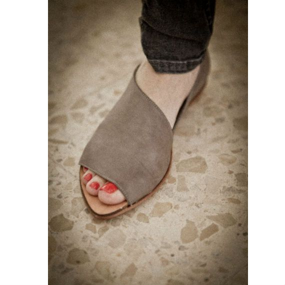 SUMMER SALE Flat Grey shoes by WalkByAnatDahari on Etsy, $146.00