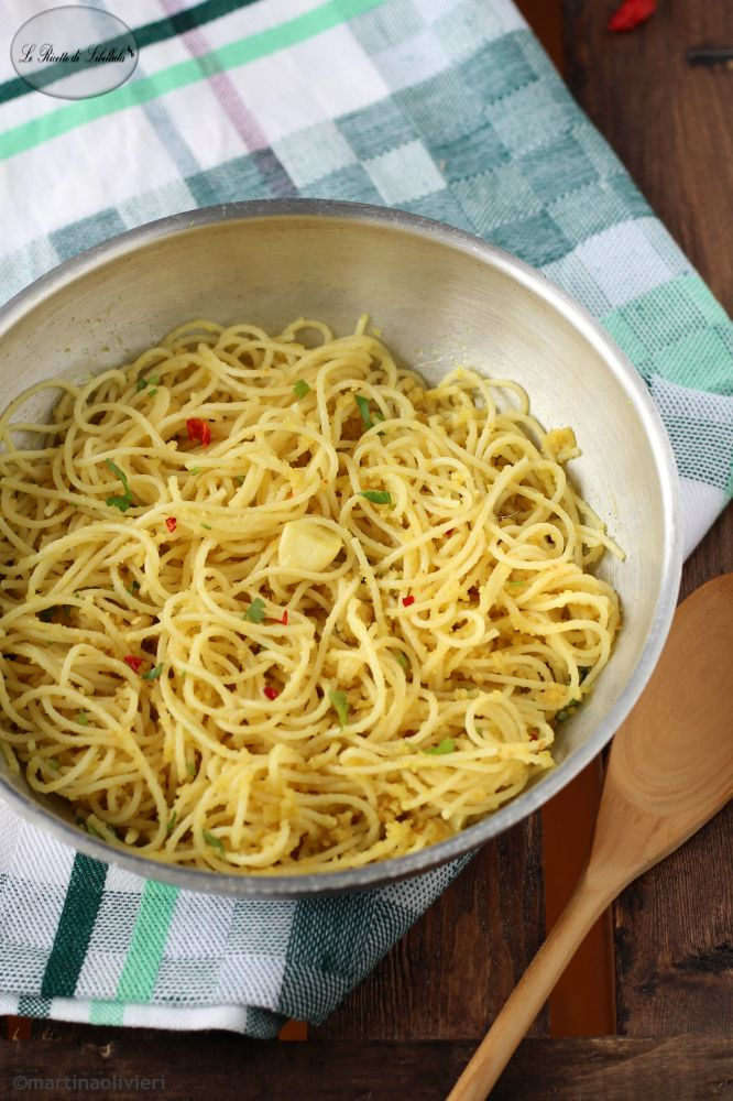 Pasta aglio, olio, peperoncino e pangrattato