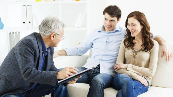Short term payday loans are available to all applicants despite having a less than perfect credit history and offering no collaterals, these loans are within your reach within few hours of application.