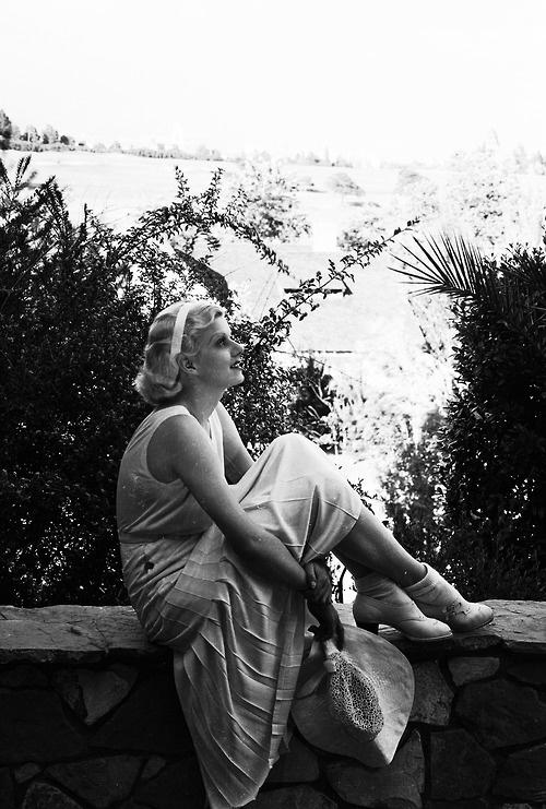 Jean Harlow, 1932.