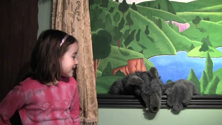 Princess Rosie: The Three Little Pigs Puppet Show A classic story with a surprise ending. If you're a fan of Mootoo, you'll want to watch this. #rosiesteaparty #rosiesworld #puppetshow #kidsshow #threelittlepigs