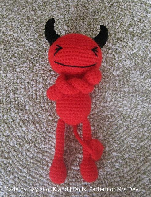 Red Devil free Crochet Pattern    Free crochet pattern; thanks!