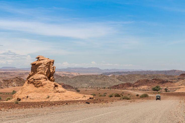 Namibia mal anders. Hier findet Ihr Tipps zu Zielen, die abseits der bekannten Rundreise liegen: Naukluft, Gamsberg, Ugab und Kunene-Region.