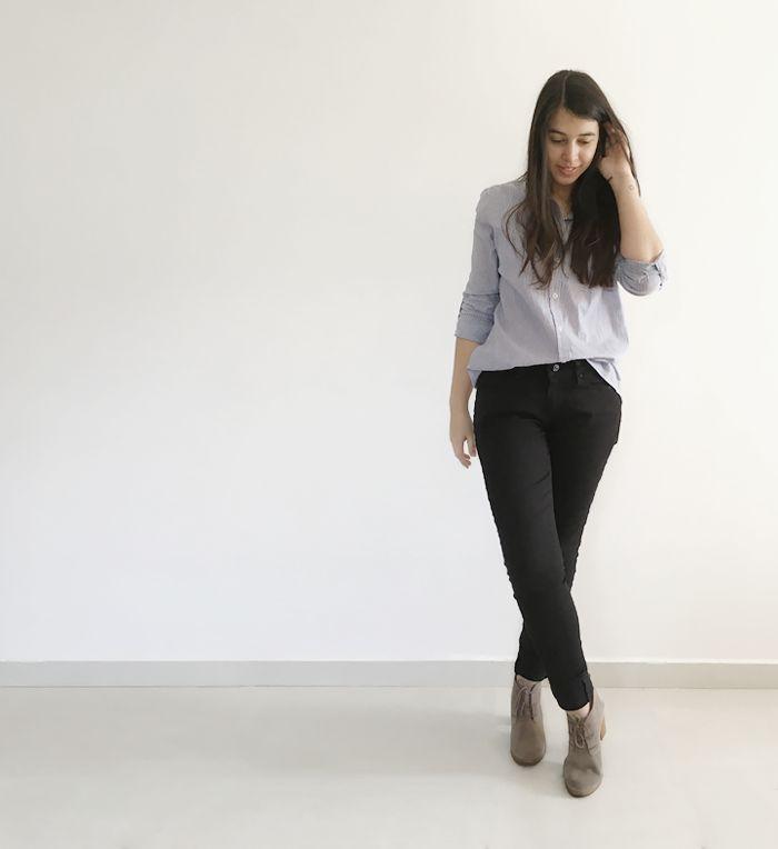 striped shirt, black jeans, booties. camisa listrada, jeans preto e bota ankle boots. www.simpleness.com.br