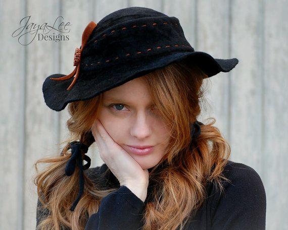 Floppy Black Felt Hat Rustic Bohemian Fashion door GreenTrunkDesigns