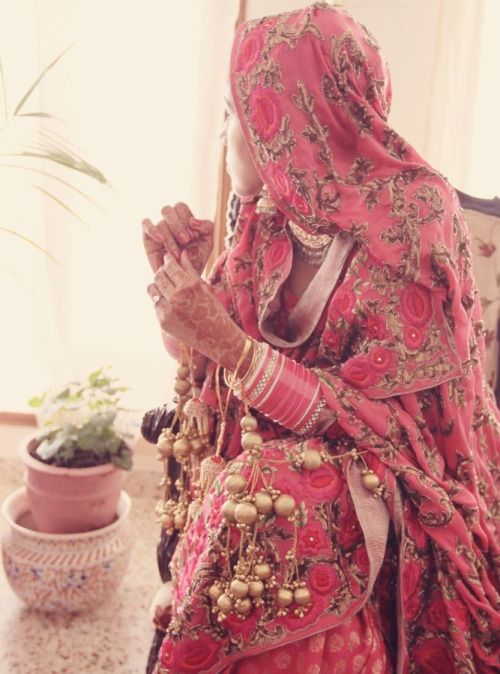 Punjabi bride - For those Kaleere