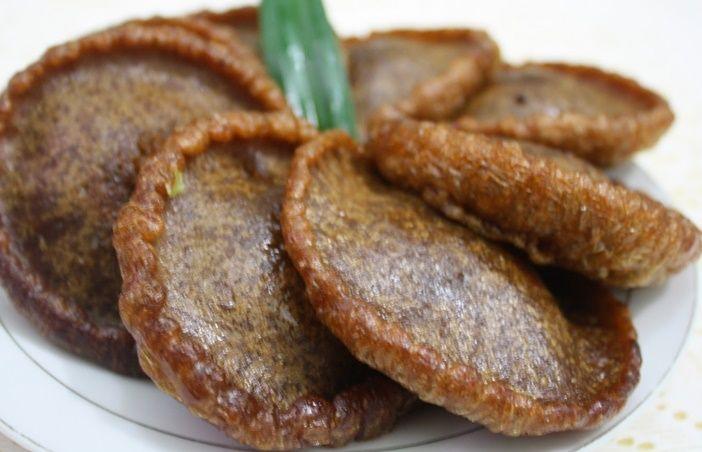 Resep Kue Cucur -Kue ini termasuk dalam golongan kue basah. Kue yang satu ini banyak kita temukan pada saat acara spesial s