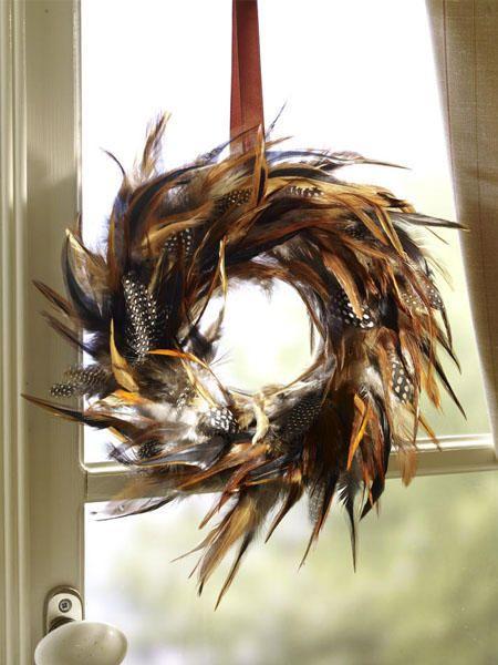 Fensterdeko zu Ostern selber machen: Federleicht