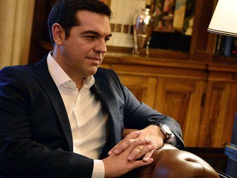 Po wygranej lewicowej Syrizy w niedzielnych wyborach parlamentarnych w Grecji, jej lider Aleksis Cipras został w poniedziałek ponownie zaprzysiężony jako premier.