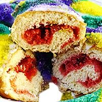 King Cake With Red Velvet