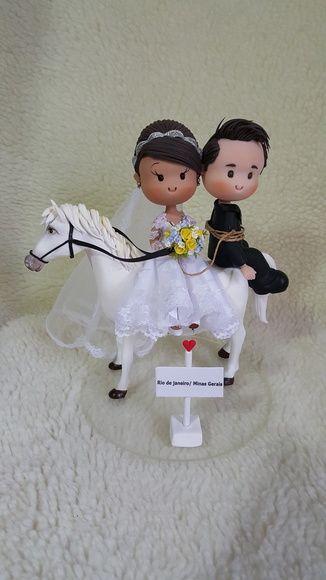Noivinhos Fofinhos no Cavalo Branco