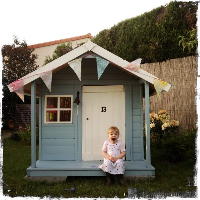 Build playhouse kit cheap our new playhouse little green for Cheap outdoor playhouses