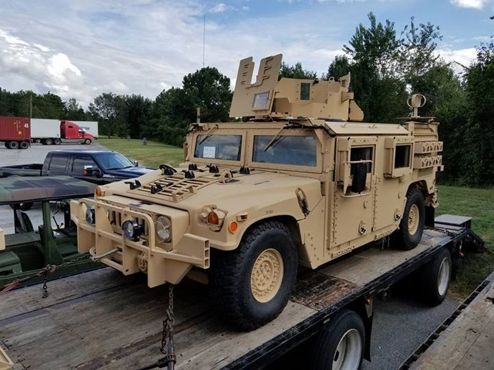 328 best humvee ukrainian army images on pinterest military armies and army. Black Bedroom Furniture Sets. Home Design Ideas