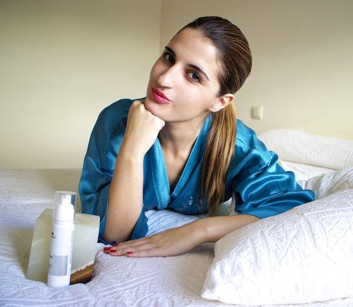 Peeling quimico facial con ácido glicólico a alta concentración y ácido salicílico junto a ácido hialurónico de bajo peso molecular.  Concurso: GlycosalPeel_graciasa_amaraslamoda