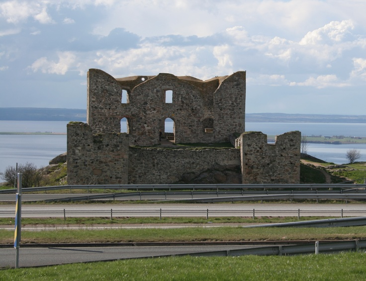 The ruin of Brahehus, Gränna, Sweden. In front of the ruin is the E4