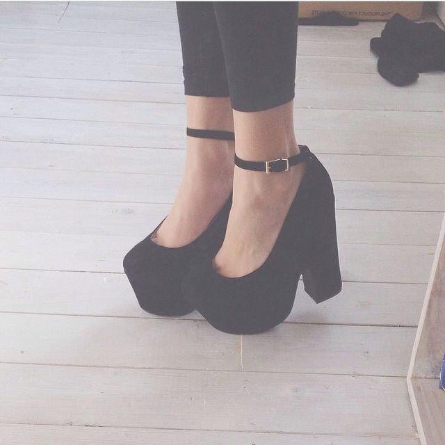 chunky heels- I want!!!