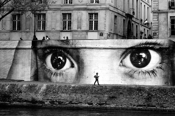 Seni Jalanan Lukisan Mural di Kota Paris di Perancis 1