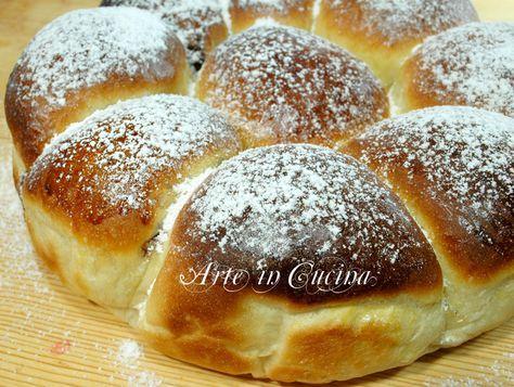 Danubio alla nutella, ricetta dolce facile, ottimo per feste di compleanno o colazione, danubio soffice farcito, con nutella o marmellata, ricetta brioche