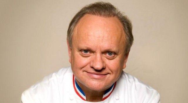 Joël Robuchon - 28 stelle Michelin sommando la qualità di tutti i suoi ristoranti. C'è da aggiungere altro? Robuchon, noto come the King of Chef è un vero e cultore del perfezionismo, fermamente convinto del fatto che si può sempre e comunque fare meglio