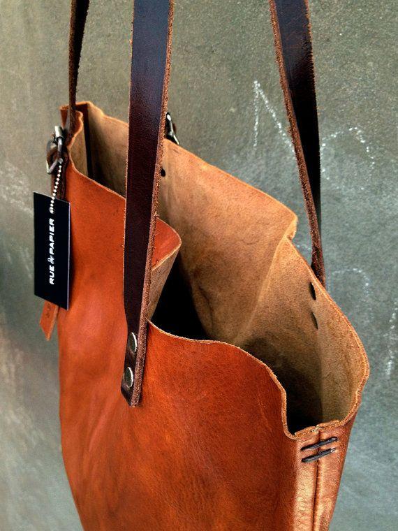 Prêt à expédier en cuir italien sac / besace cabas / Lap Top sac vintage détails armée / couleur Cognac