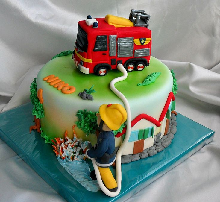 Les 215 meilleures images du tableau gateau anniversaire sam le pompier sur pinterest les - Gateau d anniversaire sam le pompier ...