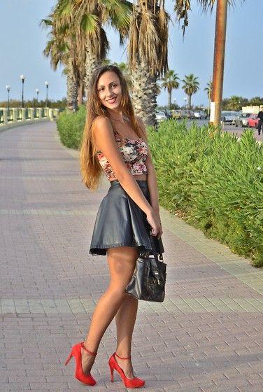 More looks by Simona Tinca: http://lb.nu/simonici  #summer #love #smile #lips #happiness #hot