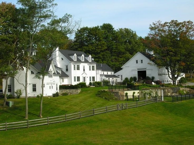 Dreaming big now...Big barn...separate guest house...land...perfection.