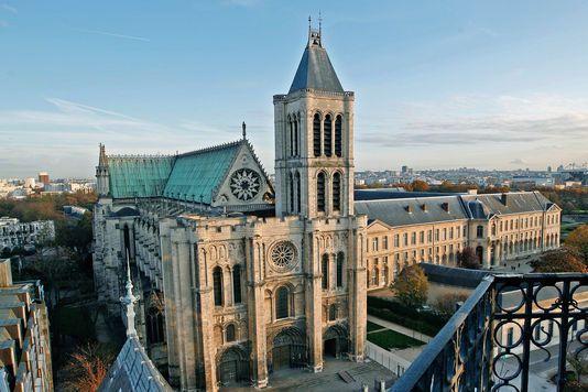 La façade occidentale de la basilique de Saint-Denis (Seine-Saint-Denis