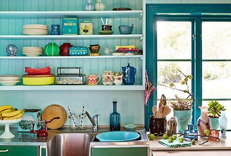 Blågrønt er årets farge. Fargerike har hentet inspirasjonen fra norsk natur.