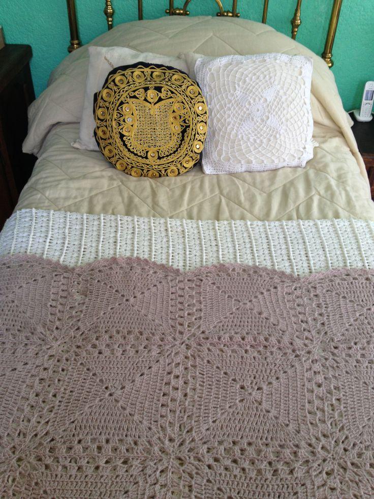 1000 ideas about colchas tejidas on pinterest colchas a - Colchas tejidas a crochet ...