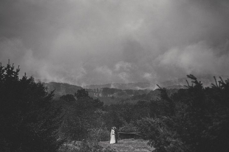Sesja plenerowa w dniu ślubu – wady i zalety