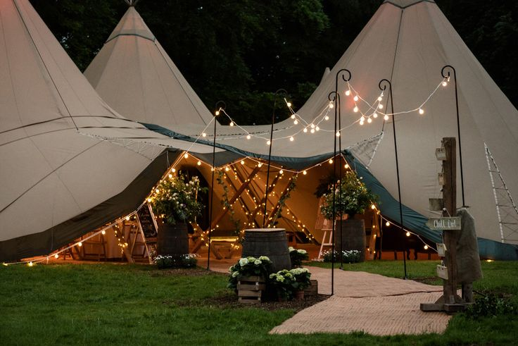 Pipewell Hall, an outdoor & tipi wedding venue in Northants (20)