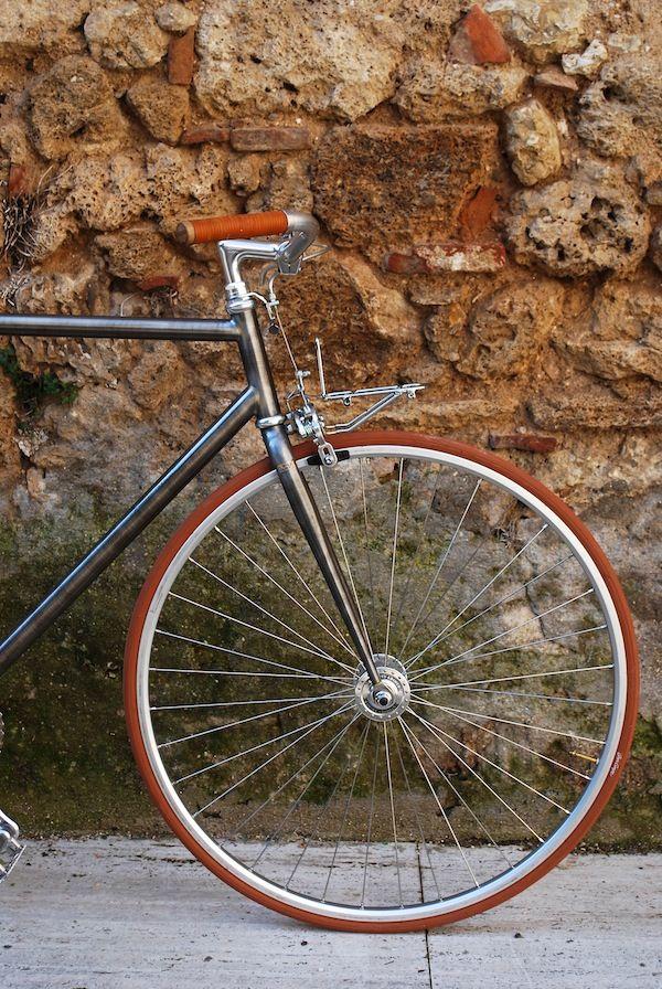 "8F1 fixed gear bicycle ""Light porteur"" 2 speedColumbus raw steel frame handmade in Italy"