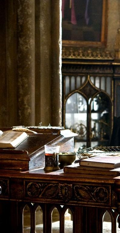 Set detail, Dumbledore's office - Harry Potter and the Half Blood Prince