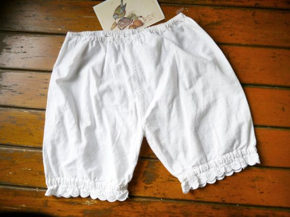 Vintage Bloomers white shorts with cotton women bloomers