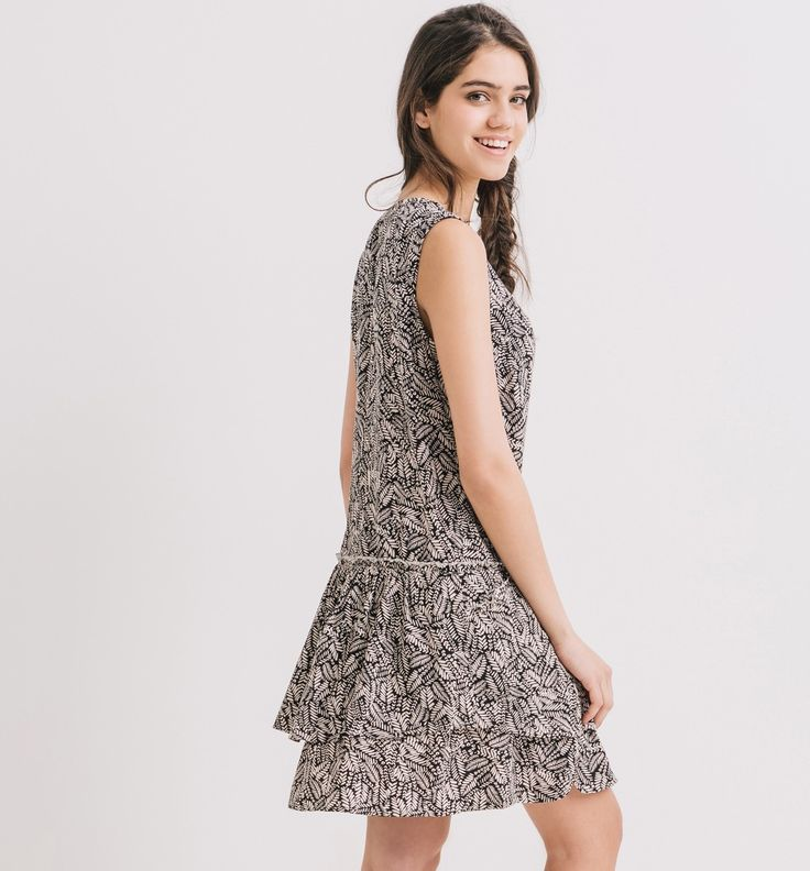 http://www.promod.pl/kobiety/sukienki/sukienki-casual/sukienka-we-wzory-czarny-nadruk-R4200060501.html