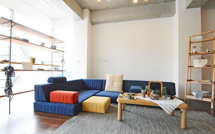 つみきソファ|スゴく座面の広いローソファ|ソファ通販 HAREM