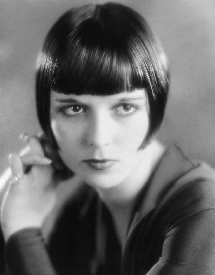 Louise Brooks with that iconic bob.: Louise Brooks, Louis Brooks, Vintage Hairstyles, Silent Film, Bobs Hairstyles, Style Hair, Boyish Style, Hair Cut, Pages Boys