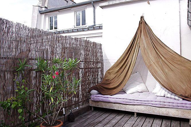 Les 48 meilleures images propos de balcon sur pinterest for Petite terrasse deco