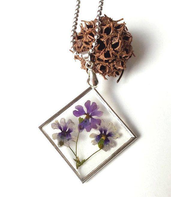 dried flowers pendant purple flowers in necklace purple dry #etsy #etsyjewelry #handmade