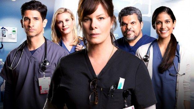 CODE BLACK - Esta nova série é um drama médico ambientado no pronto-socorro mais ocupado e notório do país, onde funcionários extraordinários batalham contra um sistema quebrado de saúde, na tentativa de proteger seus ideais e os pacientes que mais precisam deles.