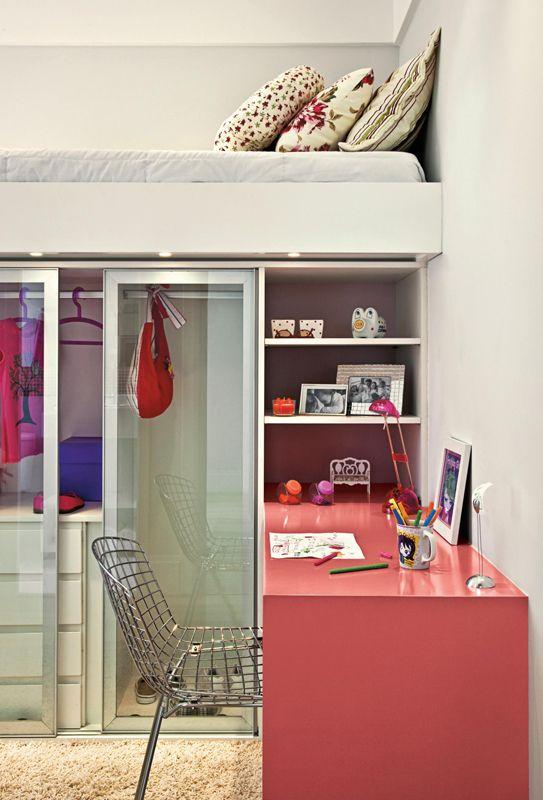 quarto de menina, madeira, branco, melancia, cama suspensa                                                                                                                                                                                 Mais