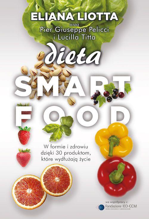 """W tym kulturowym nurcie płynącym ku zwiększonej świadomości żywienia """"Dieta Smartfood"""" Eliany Liotty, jest czymś więcej niż kolejną cegiełką. To bardzo rzetelna publikacja, czerpiąca jak cała idea diety smart, z niezawodnego źródła wiedzy jakim jest nauka. W bardzo szczegółowy, a jednocześnie bardzo przystępny sposób tłumaczy biochemię procesów będących pomostem zależności między pożywieniem organizmu, a ekspresją genów. To coś między poradnikiem kulinarnym, a pozycją popularnonaukową…"""