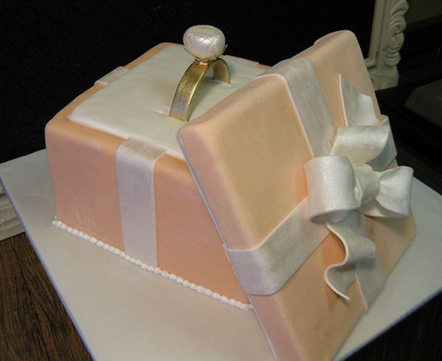 Beautiful engagement cake with engagement ring theme.PNG (pearlized finish)